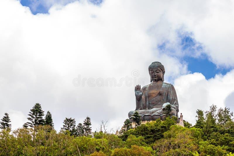 Tian Tan Buddha, Budda grande, Tian Tan Buddha enorme em Po Lin Monastery em Hong Kong imagem de stock