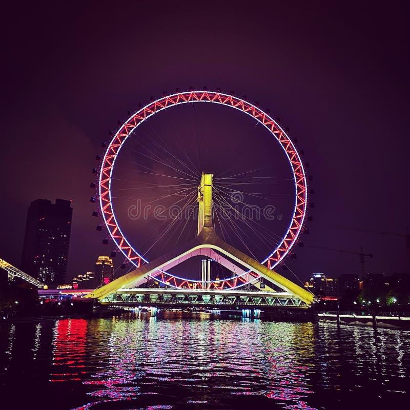 Tianjin-Auge am Flussufer von Tianjin-Stadt auf der Flusskreuzfahrt stockbilder