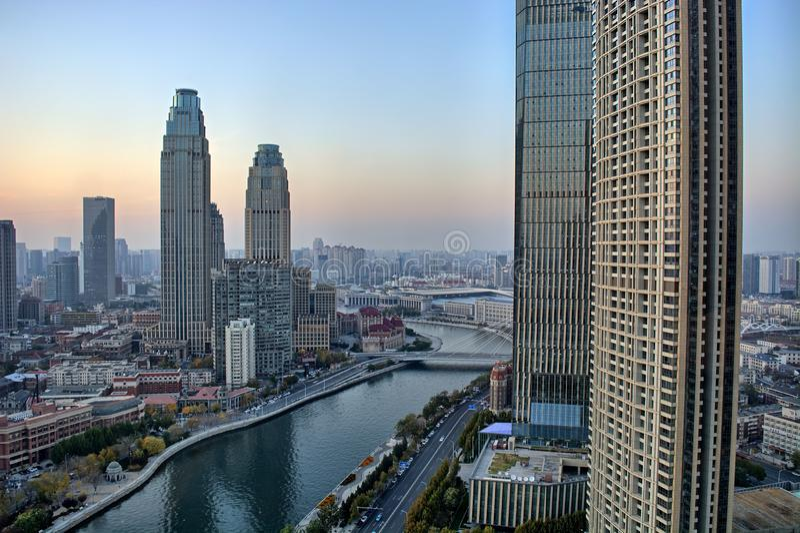 Tianjin-Gebäude, Stadtblick, China, 2019 November lizenzfreie stockfotos