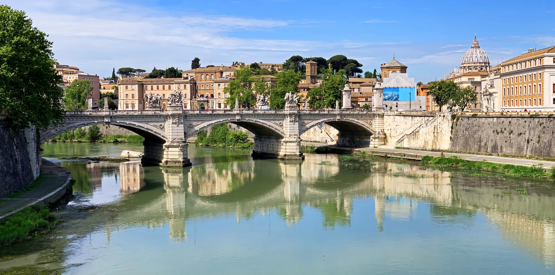 Tiber River panorama, Rome, Italië royalty-vrije stock afbeelding