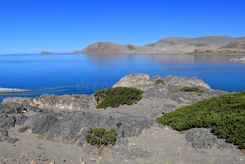 Tibet helig sj? Nam-Tso Nam Tso i sommar, 4718 meter ovanf?r havsniv? placera str?m royaltyfria bilder