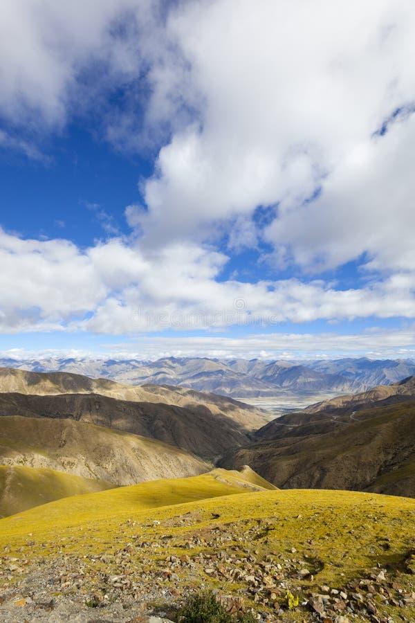Free Tibet: Plateau Terrain Stock Images - 12887324