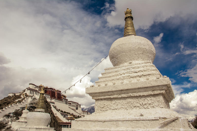 Tibet Potala slott arkivfoto