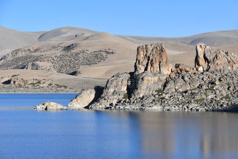 Tibet sj? Nam-Tso Nam Tso i sommar, 4718 meter ovann?mnd havsniv? placera str?m royaltyfri foto