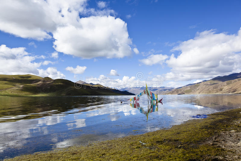 Tibet: yamdrok yumtsomeer royalty-vrije stock afbeeldingen