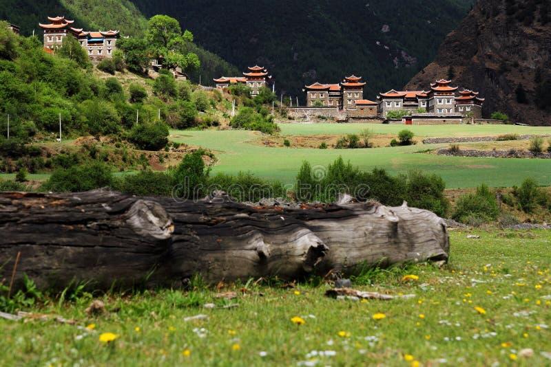 Tibetaanse huizen stock foto's