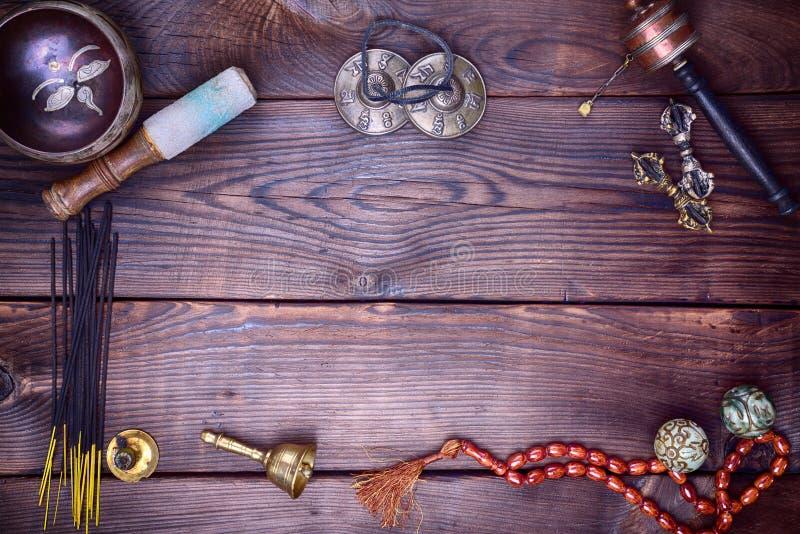 Tibetaanse muzikale instrumenten voor meditatie royalty-vrije stock foto