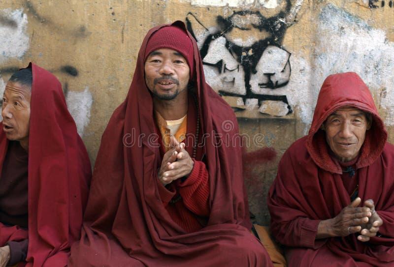 Tibetan Boeddhistische Monniken stock foto's