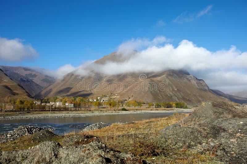 Tibetan dorp stock foto