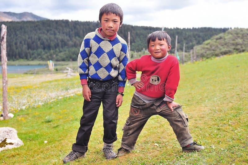 Tibetan jongens royalty-vrije stock afbeeldingen