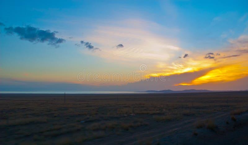 Download Tibetan Plateau-Evening Sky On The Qinghai Lake Bank Stock Photo - Image of bank, grass: 39514092