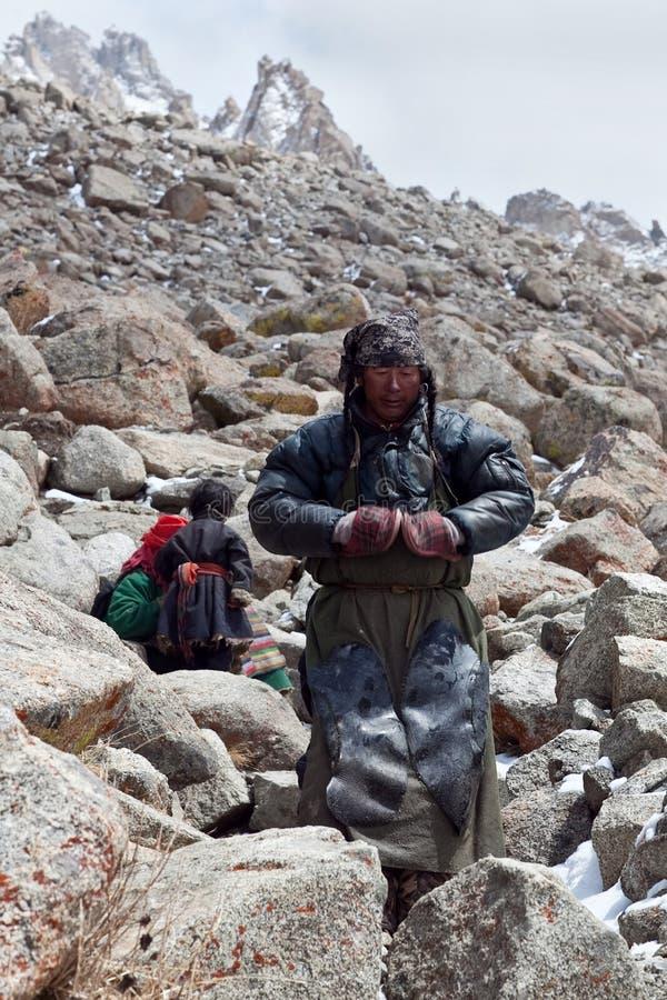 Tibetanische Pilger lizenzfreie stockbilder