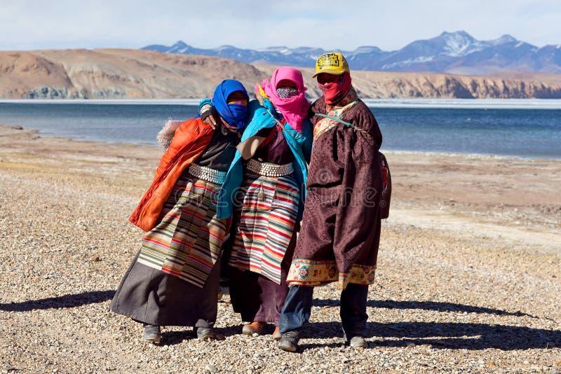 Tibetanische Pilgerer lizenzfreie stockbilder