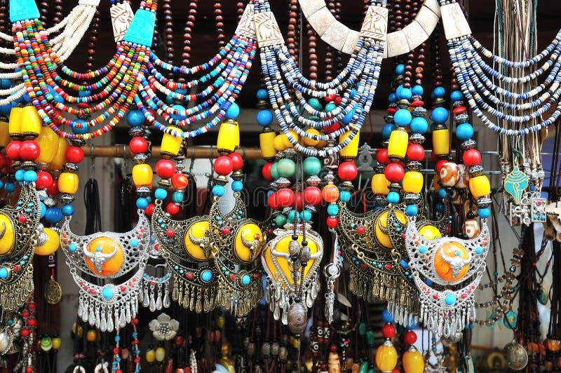 Tibetanische Schmucksachen lizenzfreies stockfoto