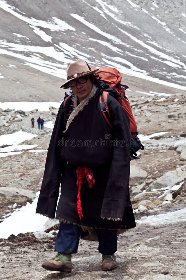 Tibetanischer Pilger stockfotos