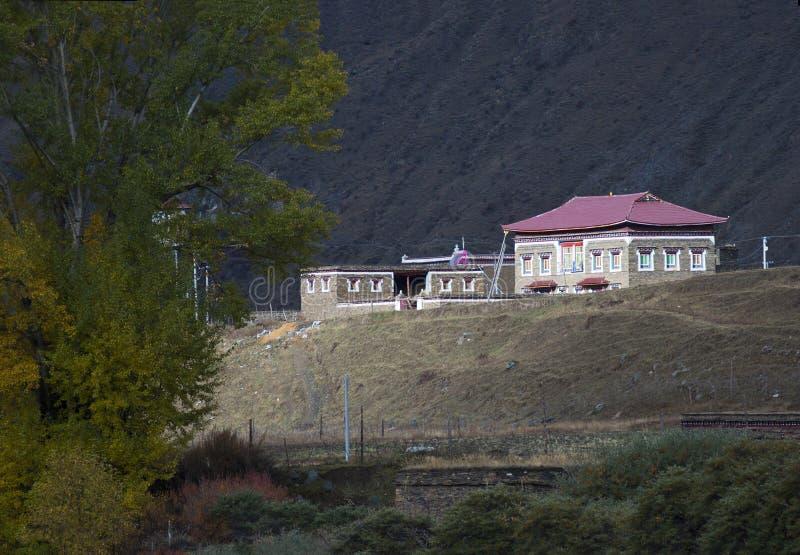 Tibetanisches Dorf stockbilder