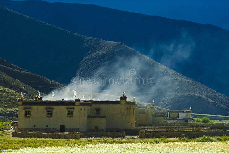 Tibetanisches Haus stockfotos