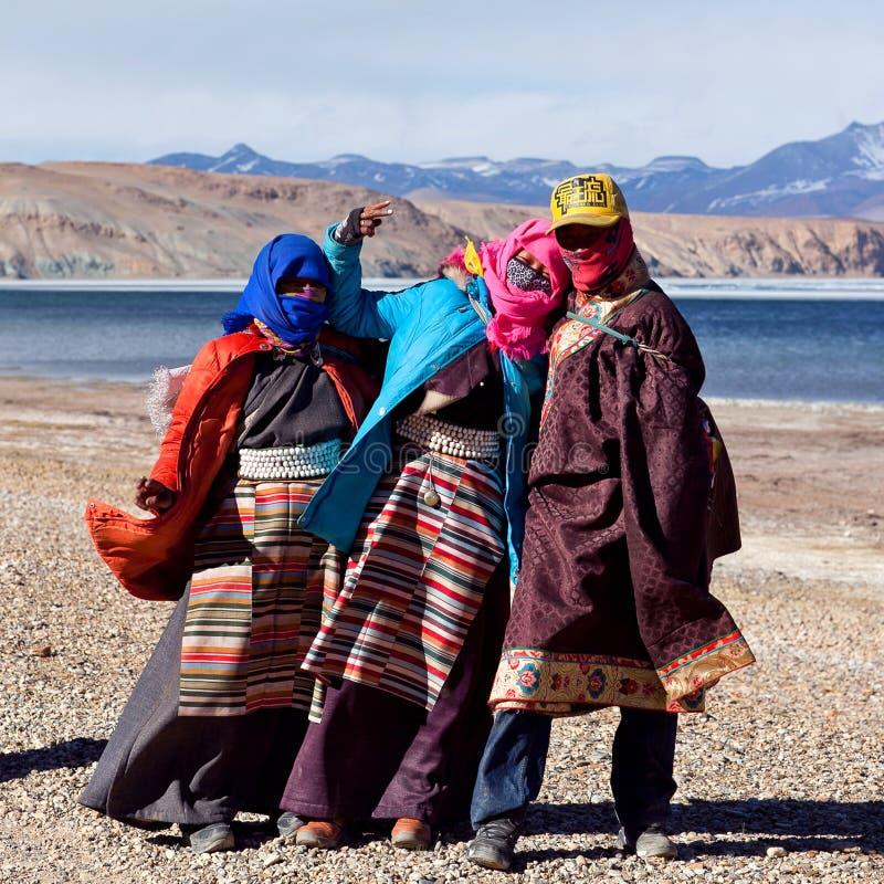 Tibetant vallfärdar royaltyfria bilder
