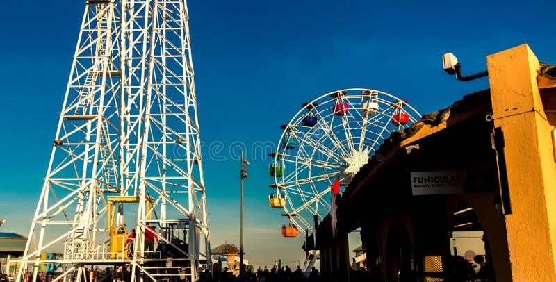 Tibidabo Ferris Wheel i Barcelona royaltyfri fotografi