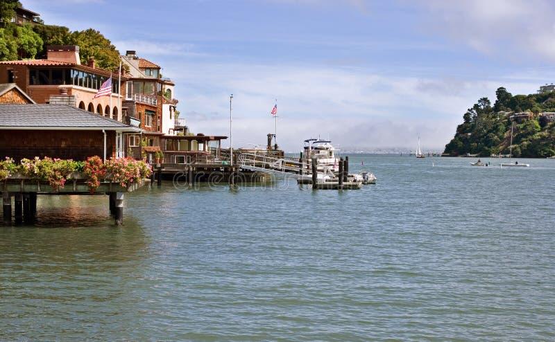 Tiburon, margem de Califórnia imagem de stock royalty free
