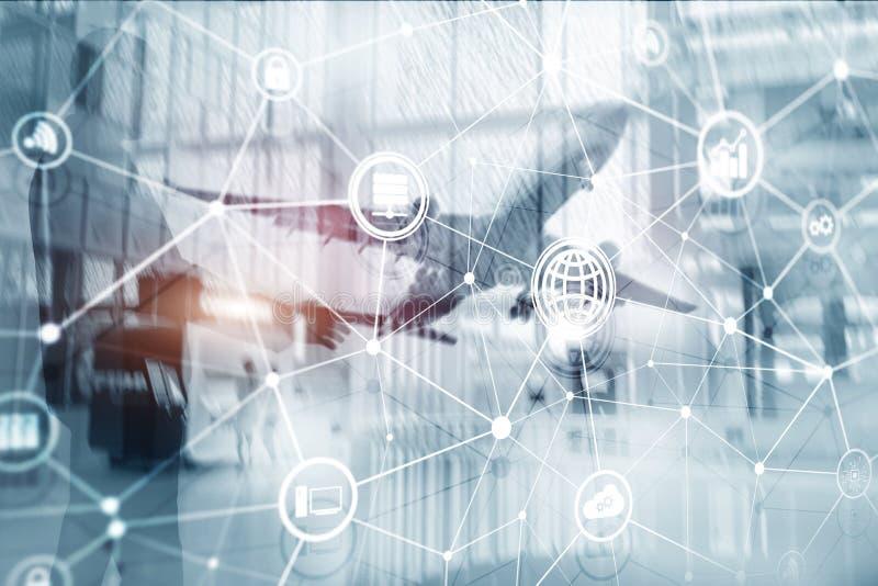 TIC - tecnologia de informação e de telecomunicação e IOT - Internet de conceitos das coisas Diagramas com ícones no backg da sal ilustração do vetor