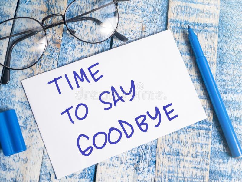 Tid som säger farväl, citerar Motivational ord, begrepp arkivfoto
