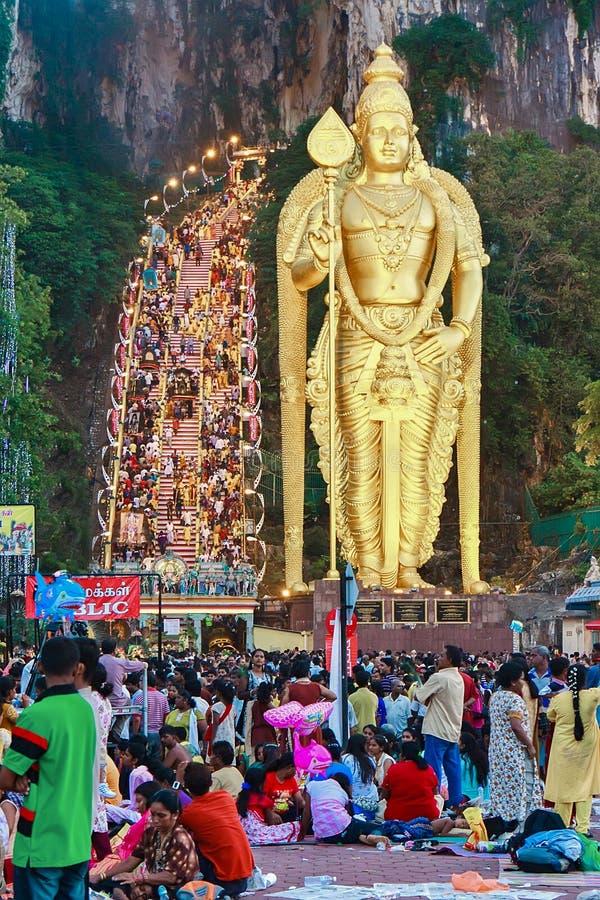 tidig morgonthaipusam f?r festival 2012 upp varmt royaltyfria foton