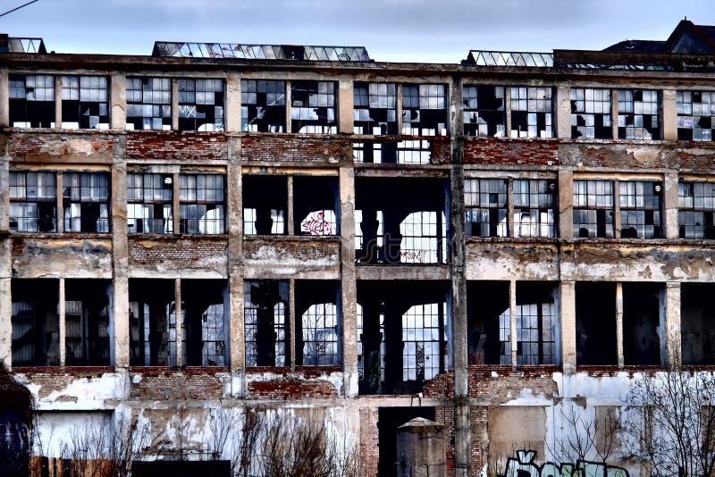 Tidigare fabrik royaltyfri foto