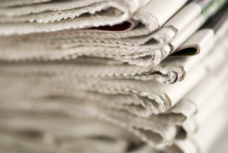tidningsbunt fotografering för bildbyråer
