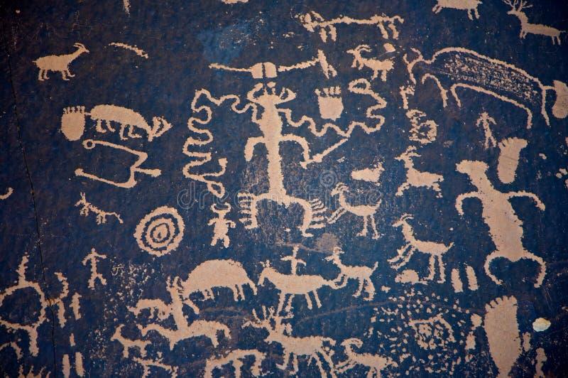 tidningspetroglyphsrock royaltyfria foton