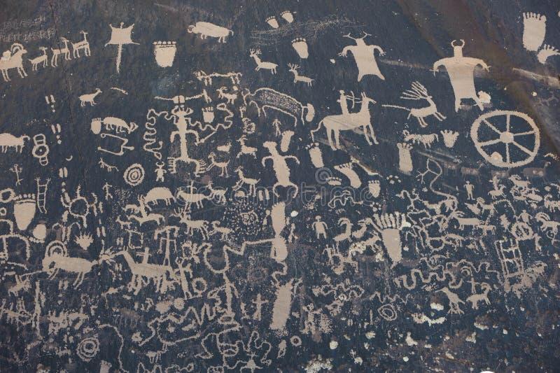 tidningspetroglyphsrock royaltyfri fotografi