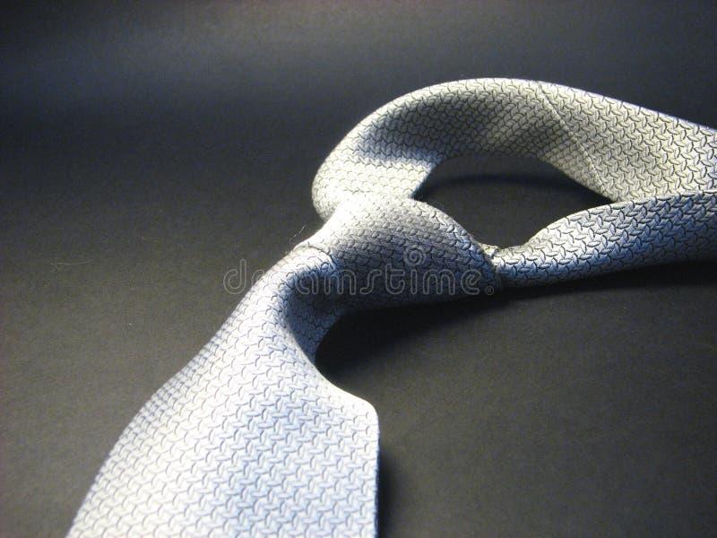 Tie 12