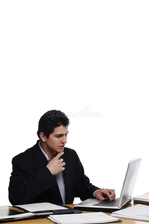 Tief im Gedanken-Geschäftsmann lizenzfreie stockfotos