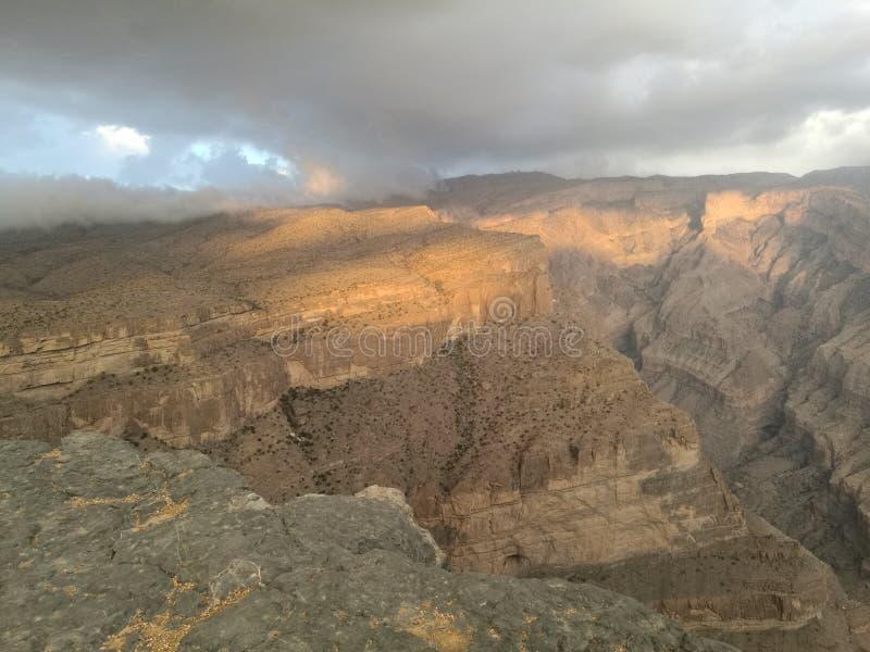 Tiefer Aufzug der Gebirgshöhle lizenzfreie stockfotografie