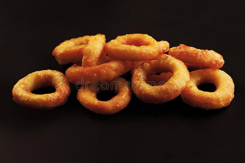 Tiefer Fried Calamari Rings stockbilder