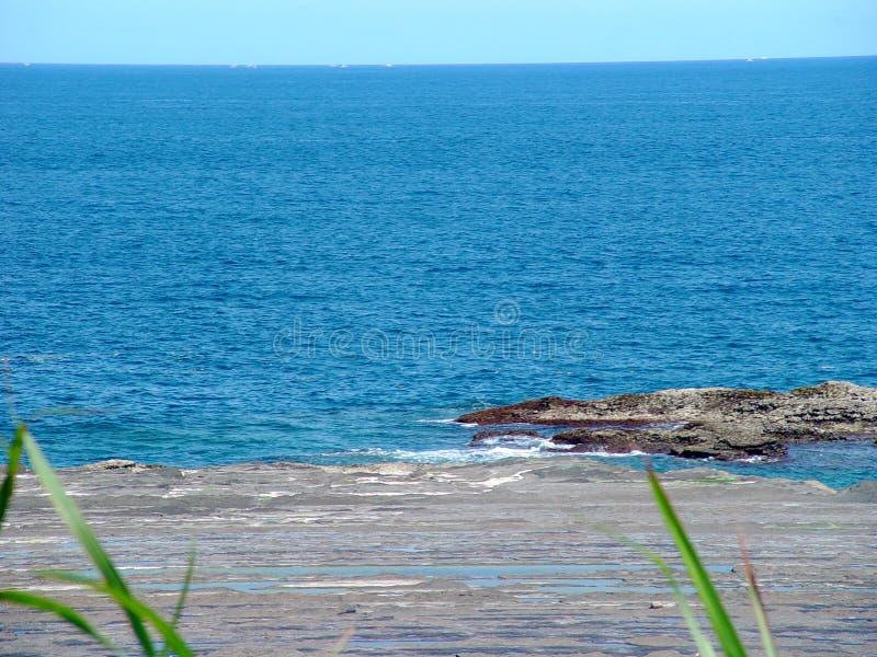 Tiefes blaues Meer lizenzfreies stockfoto