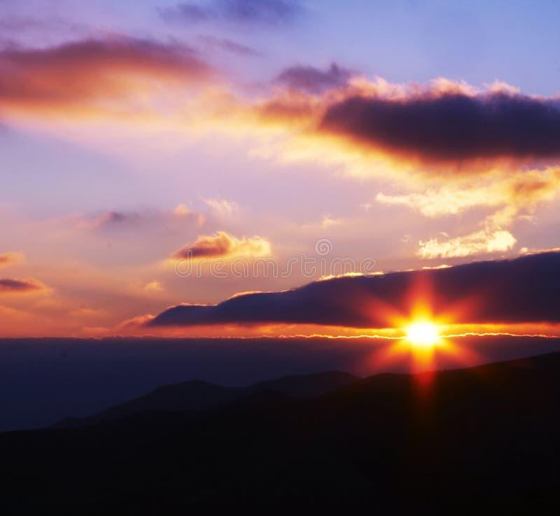 Tiempo de la puesta del sol imagen de archivo