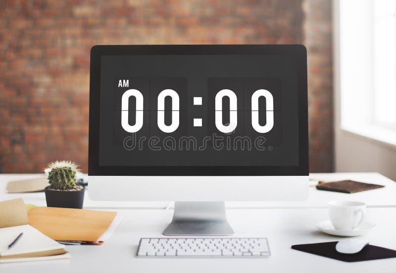 Tiempo de medianoche que mide el tiempo mañana de concepto foto de archivo libre de regalías