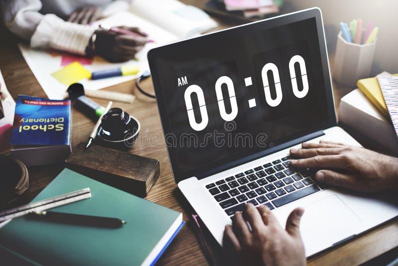 Tiempo de medianoche que mide el tiempo mañana de concepto fotografía de archivo libre de regalías