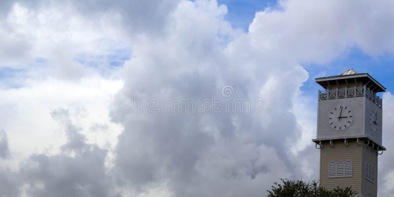 Tiempo en el cielo fotografía de archivo libre de regalías