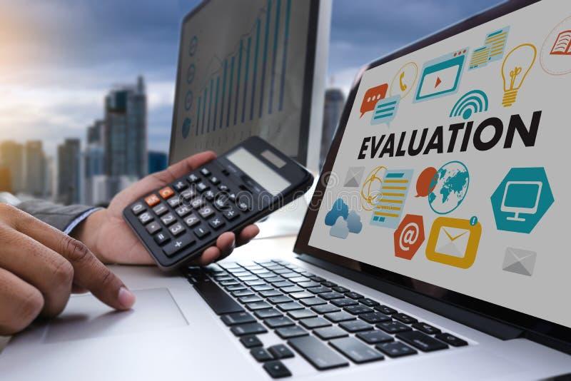 Tiempo en línea de la evaluación de los comentarios para la evaluación de la inspección del comentario imagenes de archivo