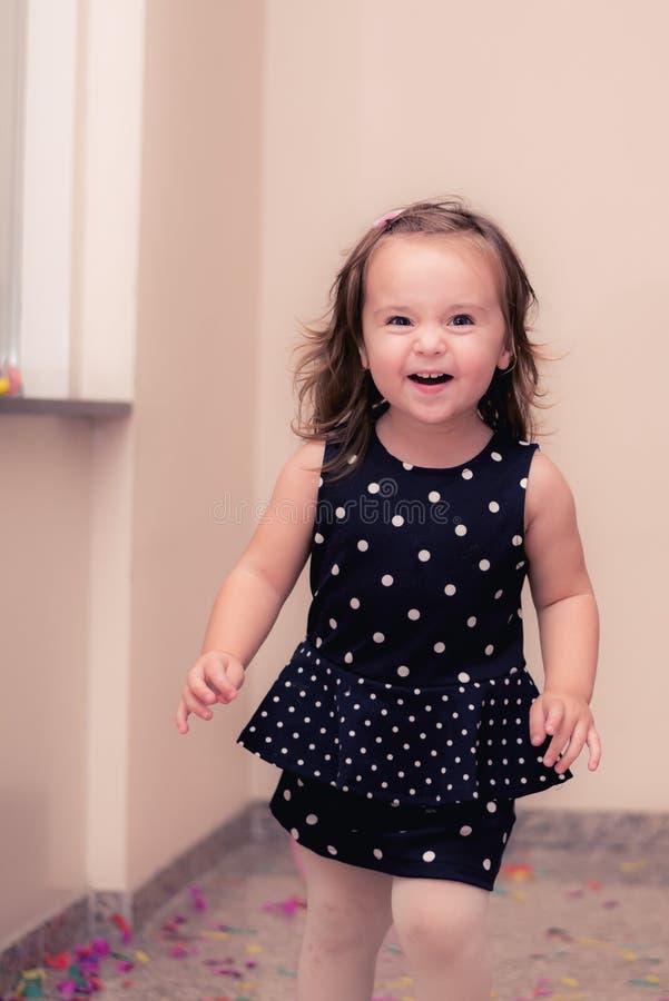 Tiempo feliz del bebé imagen de archivo libre de regalías