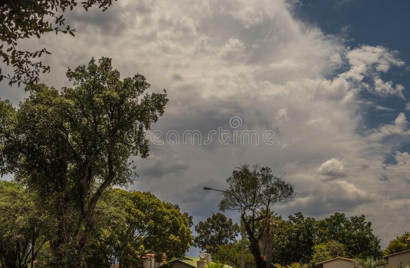 Tiempo tempestuoso estacional Gauteng South Africa del verano imagen de archivo libre de regalías