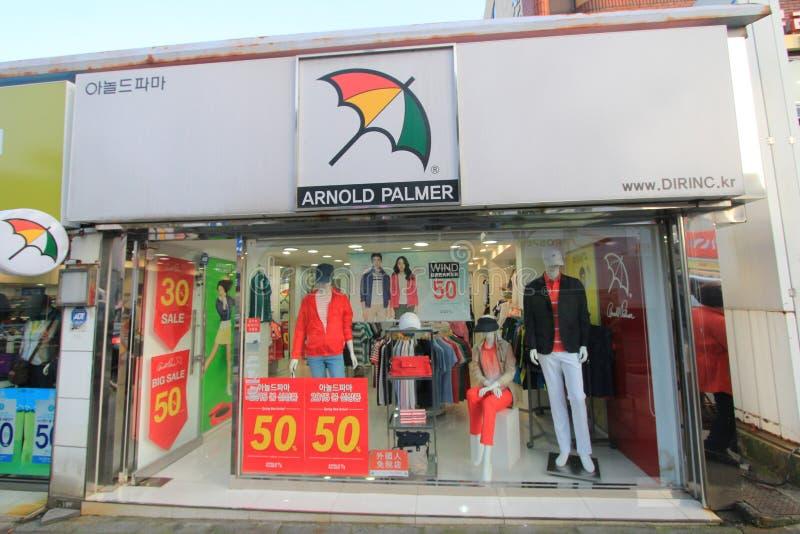 Tienda de Arnold palmer en Jeju, Corea del Sur imagenes de archivo