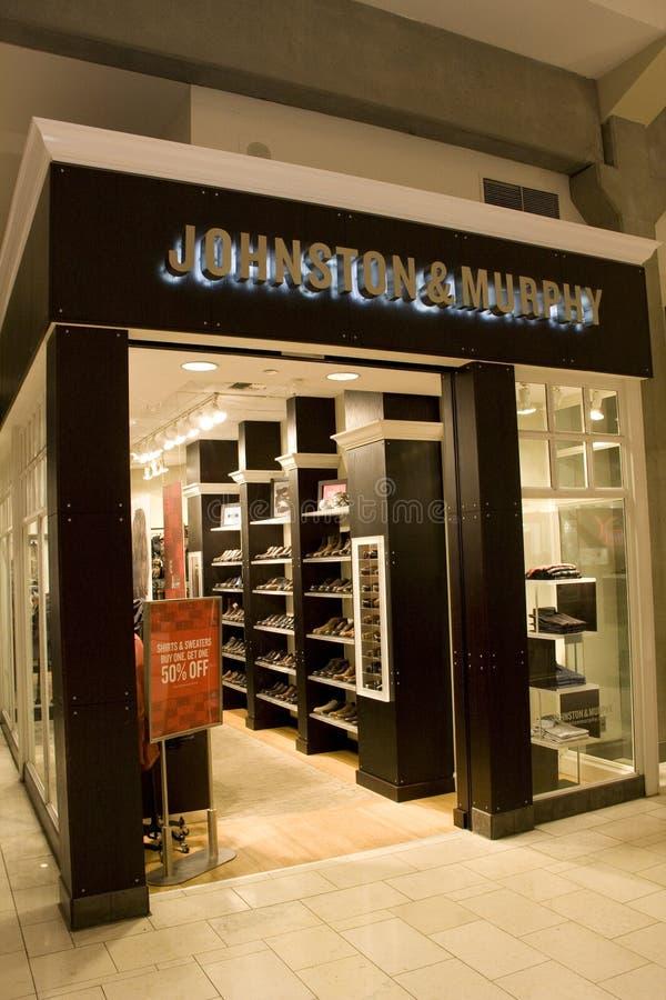 Tienda de Johnston & Murphy imagen de archivo libre de regalías
