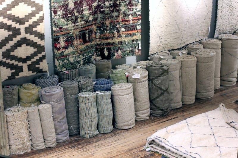 Tienda de la alfombra imagenes de archivo