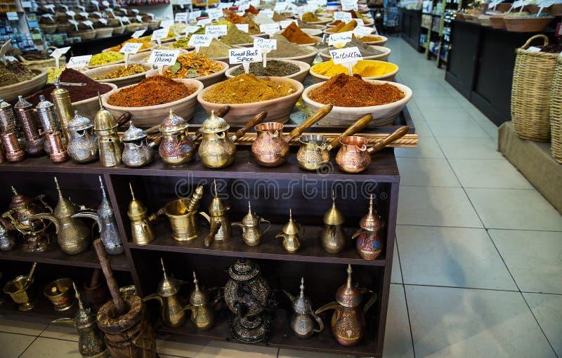 Tienda de la especia en el mercado en Jerusalén foto de archivo libre de regalías