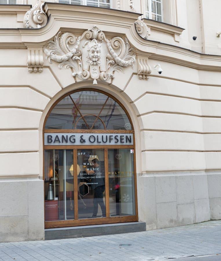 Tienda de la explosión y de Olufsen en Bratislava, Eslovaquia fotografía de archivo libre de regalías