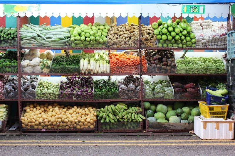 Tienda de la fruta fotografía de archivo libre de regalías