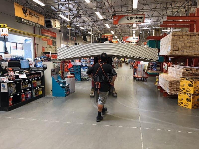 Tienda de las mejoras para el hogar de Home Depot fotos de archivo libres de regalías